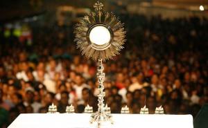 eucharist and crowd